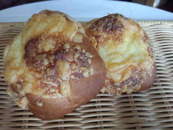 こそこそカレーパン作り。