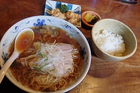壽楽ラーメン定食