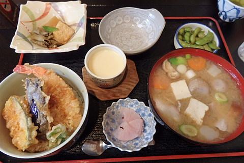 天丼庄内風芋煮月替定食