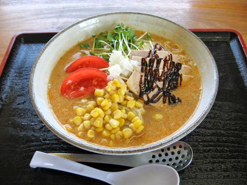 尾浦さんの夏限定「涼風担々麺」