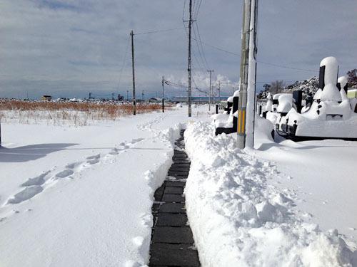 石巻手作業での除雪