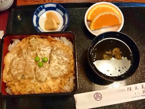 酒田市伊豆菊のカツ丼
