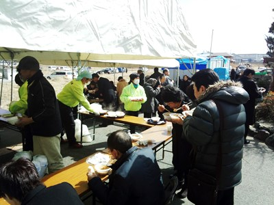 東日本大震災炊き出しボランティア