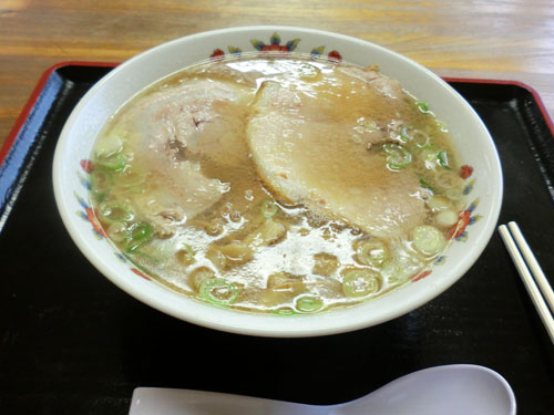 尾浦のラーメン 醤油ストレート麺こってり