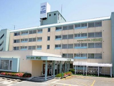 松岬:ホテル平成外観