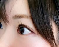 見分けがつかないから、瞳の色で区別