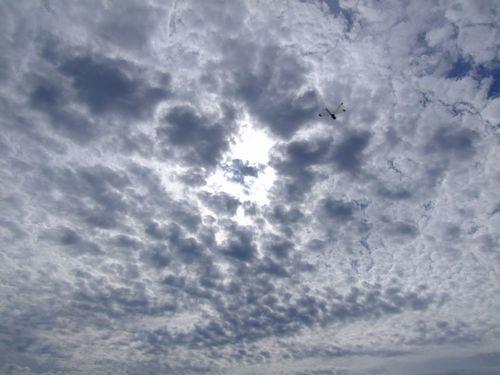 九月の朝の空の色