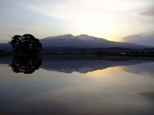 水鏡の鳥海山'17