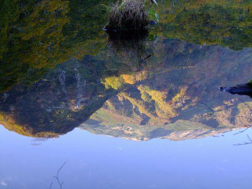 水鏡の鶴間池♪