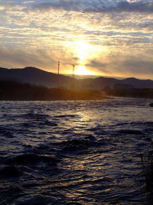 故郷の山河♪