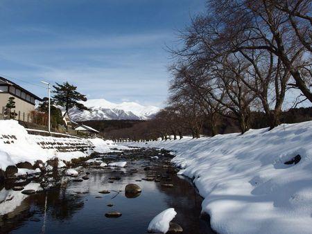 洗沢川雪景色