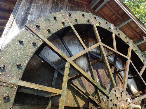 真室川の大水車