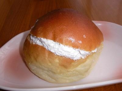 ホイップクリームあんパン