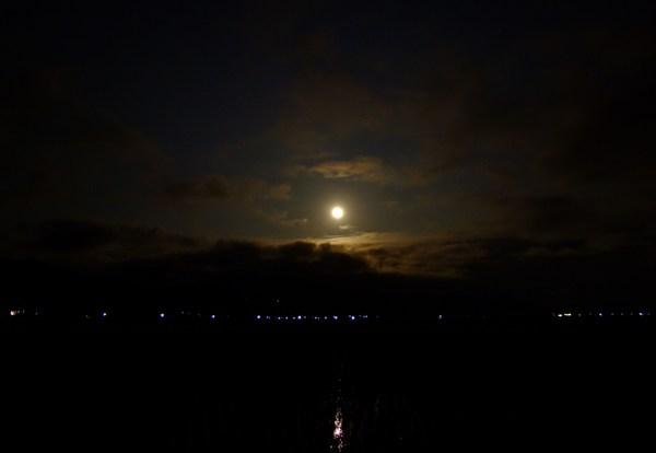 朧(おぼろ)月夜