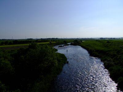 鳥海橋 ~清風の日向川~