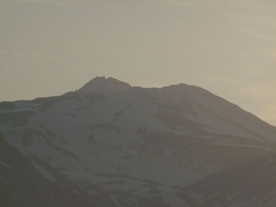 水鏡の鳥海山'12