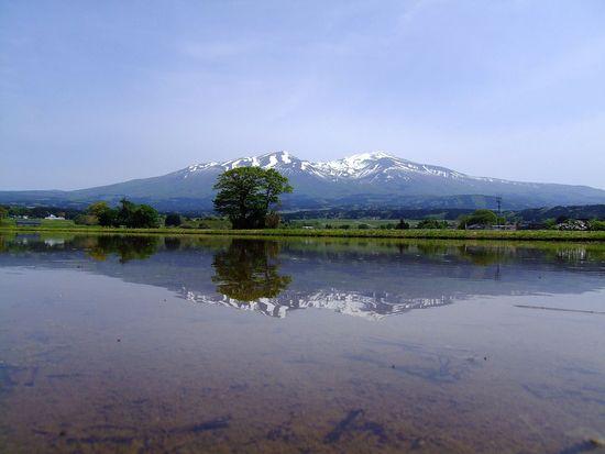 水鏡の鳥海山'12 ~野沢の水鏡~