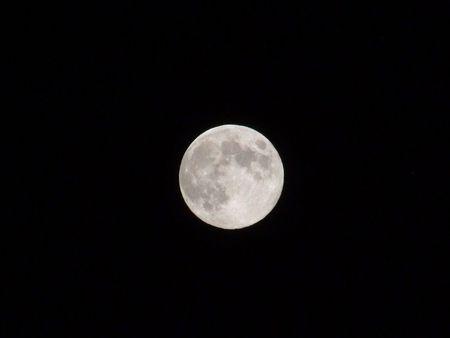 月の光に月の川♪