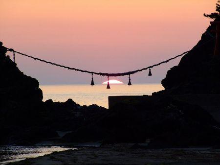 出羽二見きのうの夕陽♪