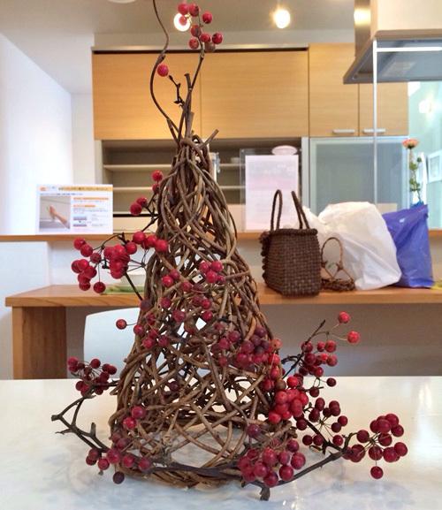 つる細工の卓上クリスマスツリー
