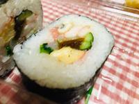 太巻き寿司食べたぞぉヽ(^◇^*)/ ワーイ