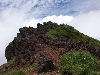 鳥海山頂上「七高山」からの眺め