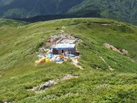 以東岳避難小屋