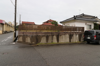 高台土地掘削駐車場???