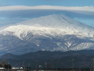 鳥海山冬景