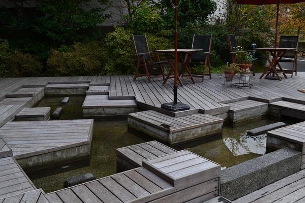 温海川と足湯カフェ