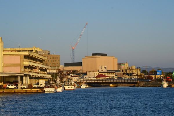 酒田本港の秋の夕景