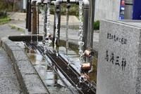 鳥海三神の水を汲む 2017/05/09 08:04:00