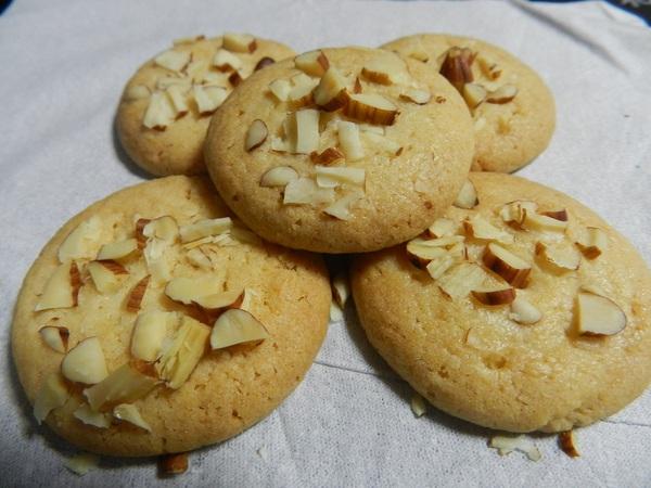 パウンド工房のクッキーとケーキ