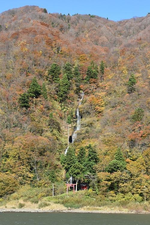 古口白糸の滝とさみだれ大堰