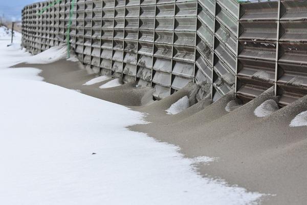 冬の大浜海岸の砂のちから