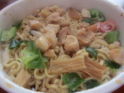 新旬屋麺カップ