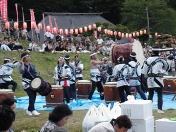 送り盆(鮭川・庭月観音)