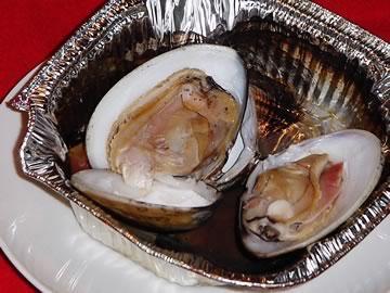帆立バター焼きと、焼き蛤です。