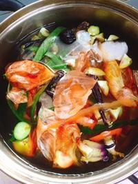野菜くずブイヨン作り