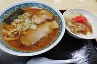 中華そば豚生姜焼き丼