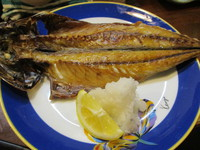 デカ過ぎの焼魚