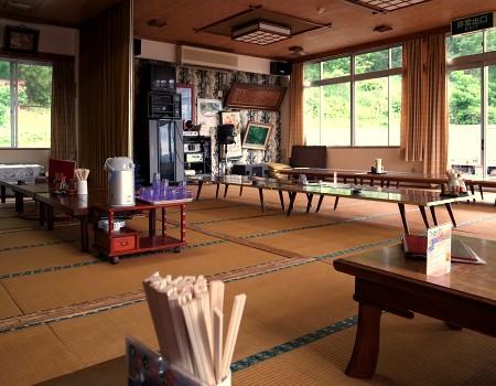 有限会社芭蕉ドライブイン(戸沢村蔵岡)