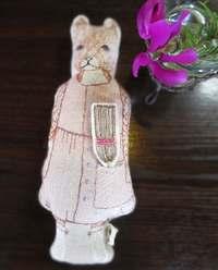 刺繍のポケットドール