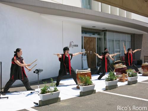 R NPO法人あらた&㈱未来創造館『夏祭りサロン2014』にルリアール出演しました♪