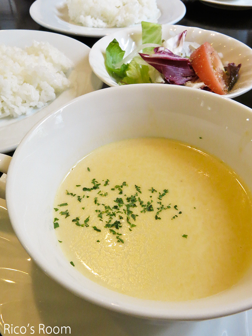 R 和牛料理『はんだ』(庄内町)/日替りランチ♪&『チーズのり巻』(コストコ)