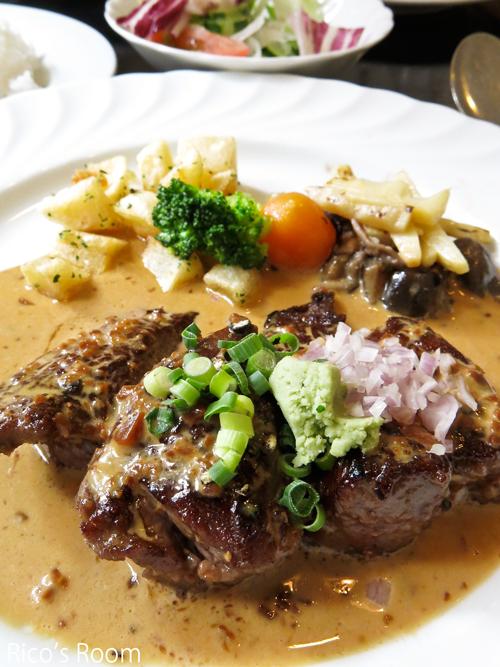 R 和牛料理『はんだ』(庄内町)/牛肉サイコロステーキランチ♪