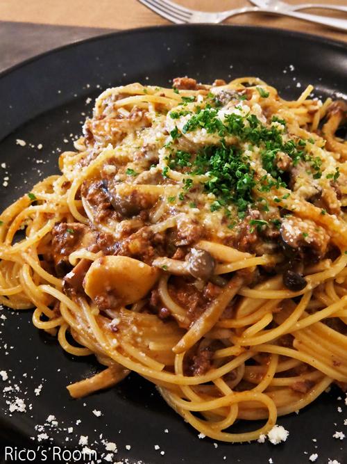 R イタリアンレストラン『アンジェロ』で、『米の娘ぶたのミートソース』