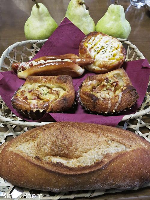 R OZベーカリーのパンが我が家にやってきた♡Ricoママ特製冷凍かぼちゃのスープ♪