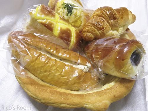 R 素敵なパンのバスケット発見!『ナカムラヤ』(鶴岡市みどり町店)