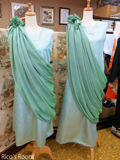 R 『ルリアール』新作衣装完成♪その名も、『緑のブッダ』(笑)